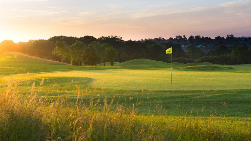 SouthWinchesterGC_MagicHourGolf_Summer2014_GolfCourse_72dpi 3